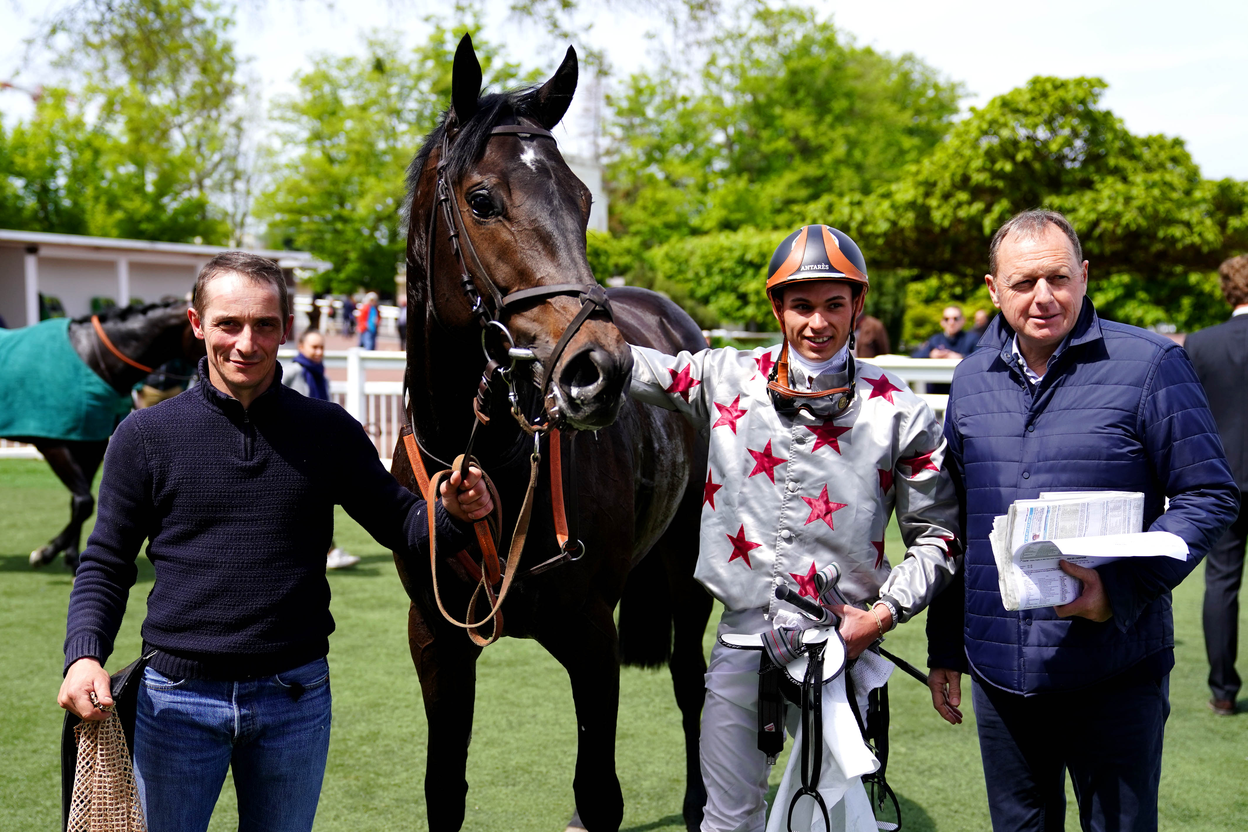 Prix de l'Association des Jockeys - Angelo Busson remporte la course Afasec de Saint-Cloud