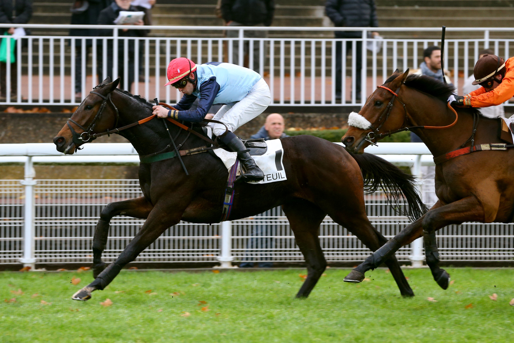 PRIX DE BEAUGENCY - Discret et Royal en pensant au steeple